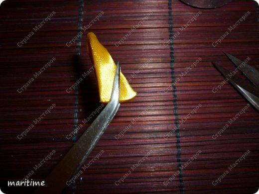 Острый вывернутый лепесток канзаши фото 9