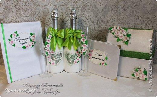 Здравствуйте! Показываю свадебный набор, который делала для своей весенней апрельской свадьбы. Прошел уже почти год..)) Свадьба была  зеленом цвете, хотелось побольше весенних цветов. фото 4