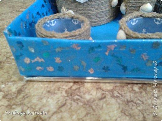 """Общий вид. Карандашница (с якорем и цепью). Рядом """"контейнер"""" для записок/бумаги. Рядом 3х-этажный """"капитанский мостик"""": 3 шкатулочки. Впереди 3 маленьких """"ёмкости"""" для кнопок, скрепок, резинок. фото 2"""