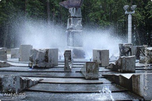 Доброго всем утра!!! Захотелось поделиться с вами настроением, воспоминанием о летнем вечере в Минске,у фонтана.. фото 3