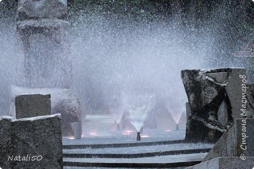 Доброго всем утра!!! Захотелось поделиться с вами настроением, воспоминанием о летнем вечере в Минске,у фонтана.. фото 4