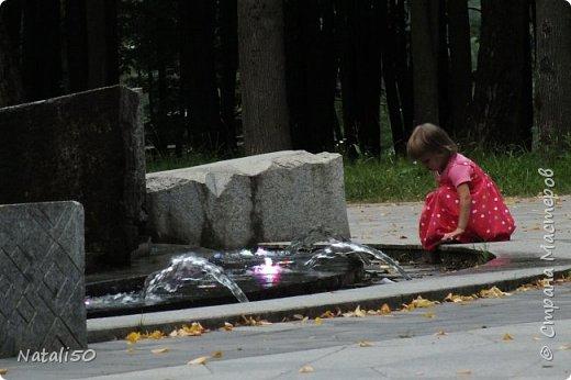 Доброго всем утра!!! Захотелось поделиться с вами настроением, воспоминанием о летнем вечере в Минске,у фонтана.. фото 2