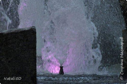 Доброго всем утра!!! Захотелось поделиться с вами настроением, воспоминанием о летнем вечере в Минске,у фонтана.. фото 8