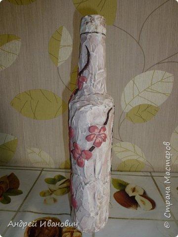 Японское дерево сакура она же вишня мелкопильчатая, сакура это не простое обычное дерево, сакура это дерево символ, в первую очередь символ Японии, и конечно же символ красоты и юности. Существует около 16 видов и примерно 400 сортов  сакуры, сакуру можно встретить везде в Японии фото 3
