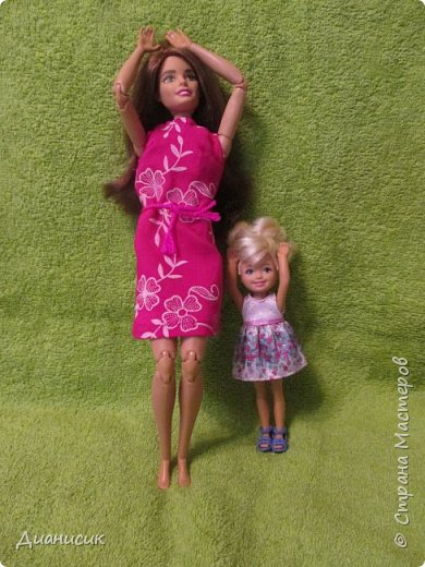 Привет всем! Вчера мы купили новую куклу. Это Челси от Маттел. Челл сразу заявила, что теперь она её приемная дочь, потому что она первая её увидела. фото 8