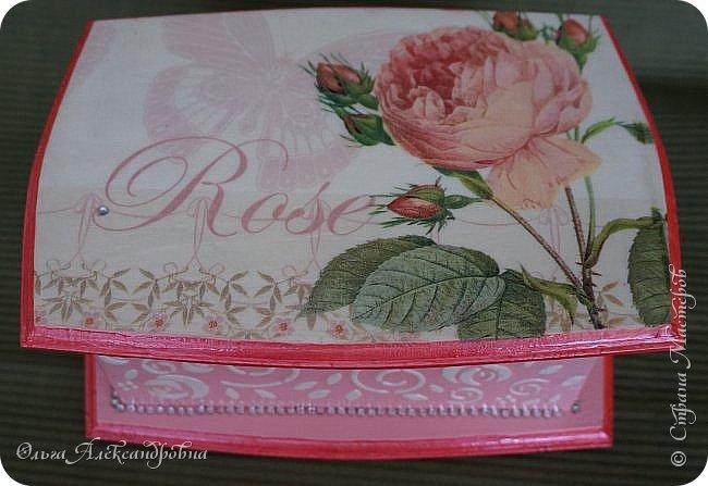Здравствуйте дорогие друзья и гости моего блога! Сегодня вашему вниманию представляю такой розовый романтический комплект. Это комодик и шкатулочка для девчачьих мелочей. фото 8