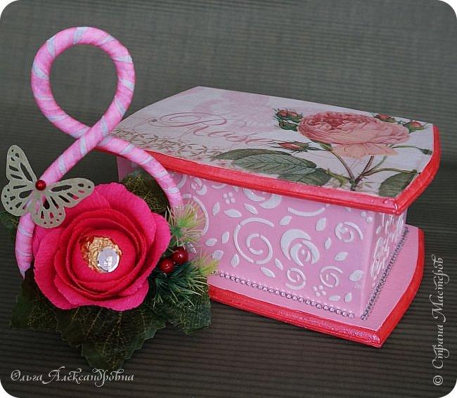 Здравствуйте дорогие друзья и гости моего блога! Сегодня вашему вниманию представляю такой розовый романтический комплект. Это комодик и шкатулочка для девчачьих мелочей. фото 13