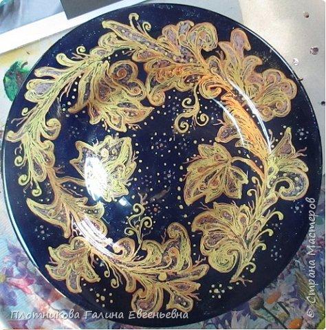 Яркая, блестящая, весенняя роспись тарелки к празднику. Делается быстро и просто. фото 11
