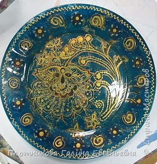 Яркая, блестящая, весенняя роспись тарелки к празднику. Делается быстро и просто. фото 9