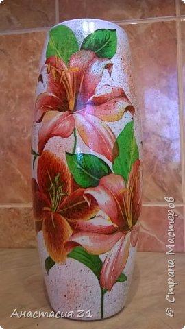 Посмотрев работы мастеров очень захотелось сделать и себе вазочку из такой бутылки фото 5