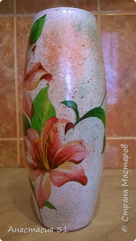 Посмотрев работы мастеров очень захотелось сделать и себе вазочку из такой бутылки фото 8