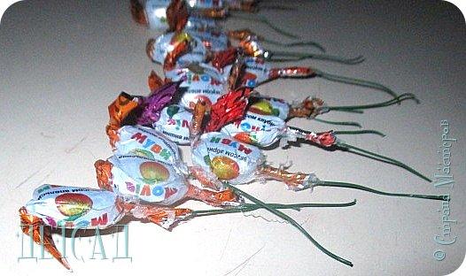 Не за горами вербное воскресенье, решили поделиться с вами секретом изготовления вербочки из конфет  фото 3