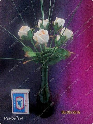 Мини композиция из семи роз. Абсолютно не хотела фотографироваться. фото 1