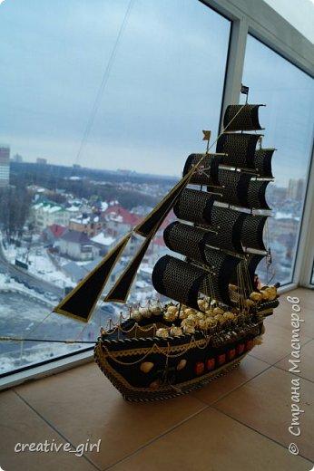 Представляю вашему внимаю мой второй пиратский корабль из конфет)  фото 1