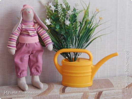 Парочка пасхальных кроликов в нежно-розовых тонах фото 3