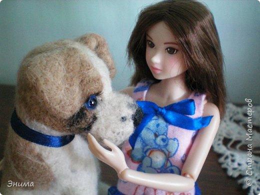 Привет всем! Я с новенькой. Назвали Китти. Очень милая девочка с человеческими пропорциями, поэтому шить на неё одно удовольствие. Из детского флиса сшила Китти такую пижамку. фото 12