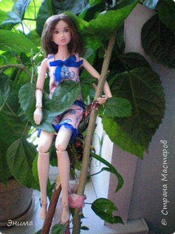 Привет всем! Я с новенькой. Назвали Китти. Очень милая девочка с человеческими пропорциями, поэтому шить на неё одно удовольствие. Из детского флиса сшила Китти такую пижамку. фото 13