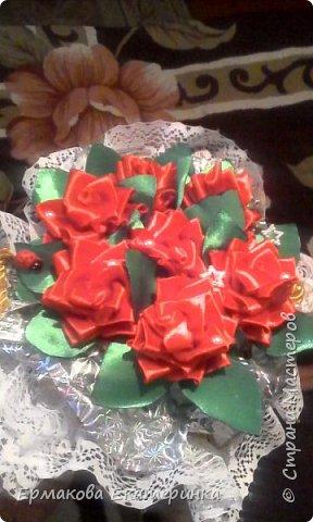 35 роз из атласной ленты (2,5 см) фото 2