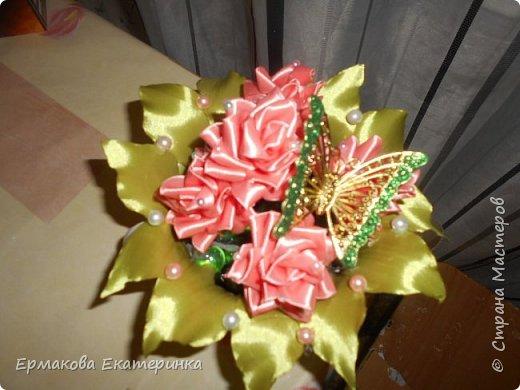 35 роз из атласной ленты (2,5 см) фото 9