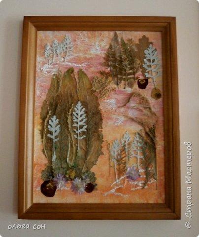 """Декоративное панно """"Пейзаж"""" Ошаровой Анны 9 класс. Работа 30х40. Основа работы ДВП, нанесён слой моделирующей пасты, покрыто красками (акрил), изображения из сухоцветов. фото 1"""