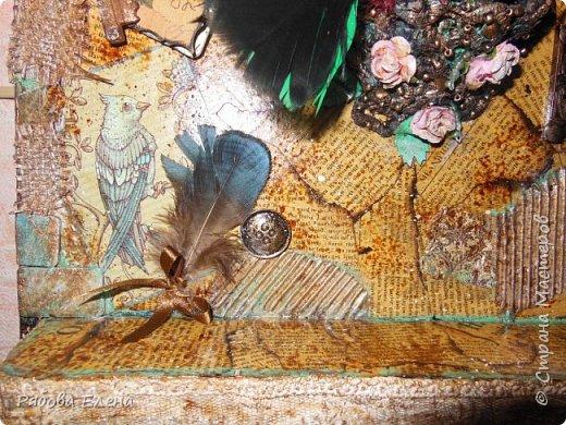 Здравствуйте Вам! Весна,птицы устраивают гнёзда.... И у меня птичка в гнезде .... Друзья,прошу прощения за качество фото( спешила) Итак ,всё как всегда : ключница из хлама фото 3