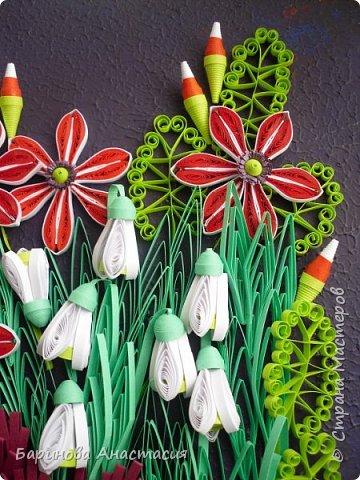 Всем прекрасного весеннего настроения.  Вот и заканчивается первый месяц весны.За несколько недель появилась работа навеянная орнаментом в стиле модерн. Необычное и стильное сочетание цвета, контрастный фон.  фото 4