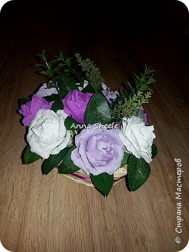 Корзинка с розами и открытка для мамы фото 1