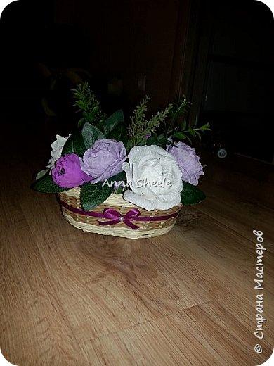 Корзинка с розами и открытка для мамы фото 2