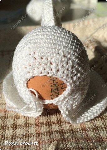 Для вязания Вам потребуется пряжа Сосо VitaCotton белого цвета, крючок 1,5 и пряжа для отделки.  фото 11
