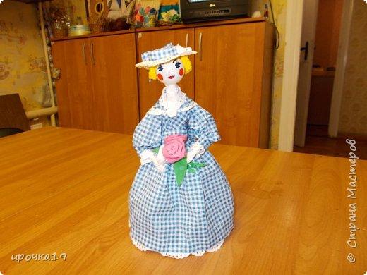 Это моя первая куколка. Лицо нарисовала только ей ,далее лиц не рисую - мне так больше нравится.  фото 1