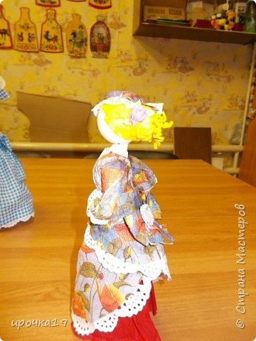 Это моя первая куколка. Лицо нарисовала только ей ,далее лиц не рисую - мне так больше нравится.  фото 3