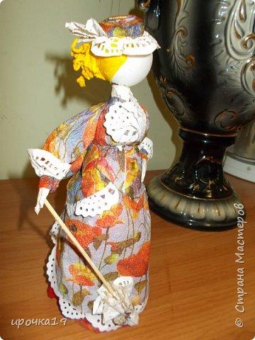 Это моя первая куколка. Лицо нарисовала только ей ,далее лиц не рисую - мне так больше нравится.  фото 5