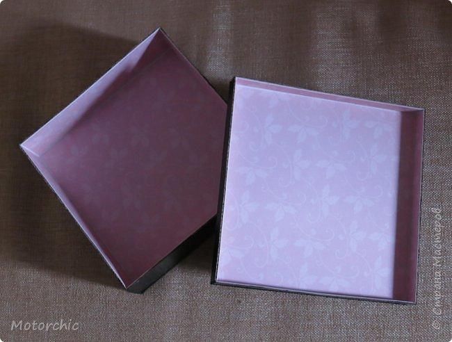 """На День Рождения подруги-рукодельницы решила ей подарить коробочку/шкатулку/сокровищницу для ее сокровищ (рукодельных или нет, - решать уже ей самой,в любом случае, для женщины шкатулка никогда лишней не будет). Разумеется, не пустую, я ее наполнила различными рукодельными """"сокровищами"""" =) фото 5"""