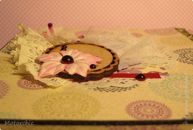 """На День Рождения подруги-рукодельницы решила ей подарить коробочку/шкатулку/сокровищницу для ее сокровищ (рукодельных или нет, - решать уже ей самой,в любом случае, для женщины шкатулка никогда лишней не будет). Разумеется, не пустую, я ее наполнила различными рукодельными """"сокровищами"""" =) фото 10"""