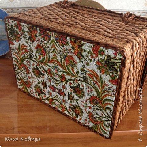 а это сундук, сделанный на заказ (длина-31, ширина - 23, высота вместе с крышкой - 26 см) фото 4