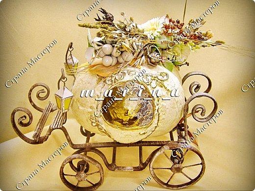 Уже давно в восторге от конфетных карет Елены Франскевич, и в октябре с сыном решили соорудить свою сказочную карету средних размеров (36*25*36см) для так полюбившейся нам Золушки. фото 6