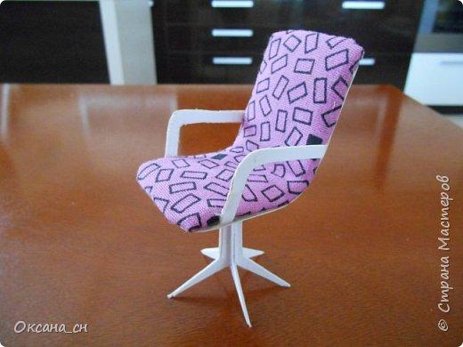 Привет всем! И снова я с игрушечной мебелью год спустя. Сегодня хочу представить мебель для девочки. Возможно кому-то понадобиться мастер-клас, потому постараюсь выложить более подробно и доступно. фото 33