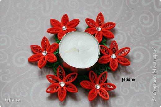 Захотелось украсить интерьер свечами и появилась идея сделать подсвечник своими руками. Получился очень милый цветочный подсвечник.  фото 4