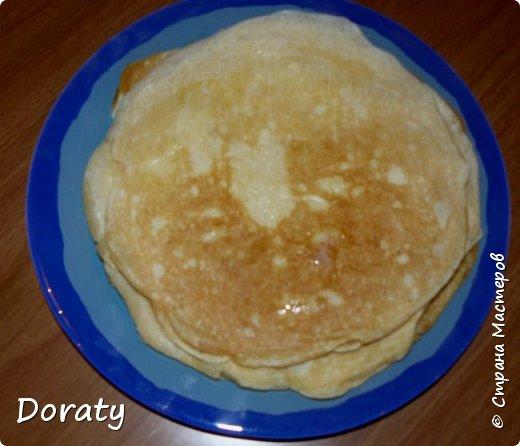 Сегодня мои дорогие я к вам с рецептами блинов.   Блины пшенные Мука пшеничная - 2 ст. Пшено - 2 ст. Молоко - 6 ст. Дрожжи - 25 гр. Масло сливочное 100 гр. Яйца 5 шт. Сахар - 0,5 ч.л. (я добавляла 1 ст.л.) Соль по вкусу Масло растительное - 1 ст.л. Дрожжи развести в двух стаканах теплого молока, добавить муку и поставить опару на 1- 1,5 часа в теплое место. Сварить кашу пшенную, охладить. Добавить желтки растертые с сахаром и солью, добавить растопленное масло. Соединить опару с кашей дать постоять минут 15. Добавить взбитые белки , осторожно перемешать. Выпекаем. Блины получаются толстенькие и румяные.  фото 1