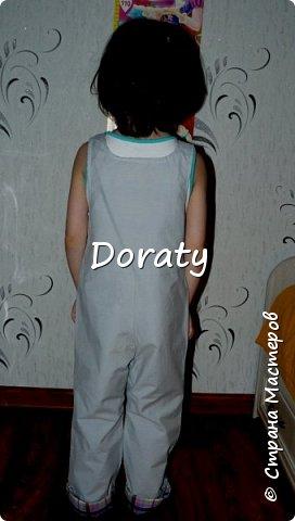 """Приветствую всех! За последние полгода гардероб моей дочери пополнился обновками бренда """"сделано мамой"""". И решили мы с дочкой провести фотосессию и показать вам наши обновки. Любуйтесь.  Летний сарафан. фото 13"""
