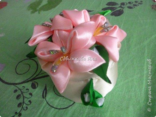 Привет, жители Страны! Я хотела бы представить вам мою шкатулку, украшенную цветами  канзаши фото 1