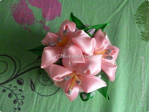 Привет, жители Страны! Я хотела бы представить вам мою шкатулку, украшенную цветами  канзаши фото 4