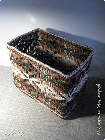 Повторюшки работ Марголины. Как же трудно справляться с ситцевым плетением. Особенно когда стоечки так близко расположены. фото 1