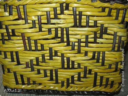 Повторюшки работ Марголины. Как же трудно справляться с ситцевым плетением. Особенно когда стоечки так близко расположены. фото 4