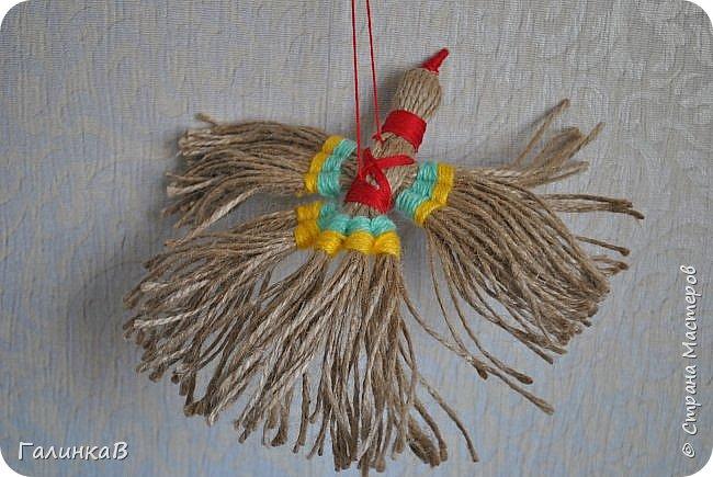 """Добрый день, дорогие жители Страны! Сегодня у меня дебют! Сделала первые игрушки из джута. До этого использовала джут только для декора новогодних подарков. А вдохновили и сподвигли меня на такой """"подвиг"""" работы Оли (Nola29) - http://stranamasterov.ru/user/332712. Вот собственно что у меня получилось! фото 14"""