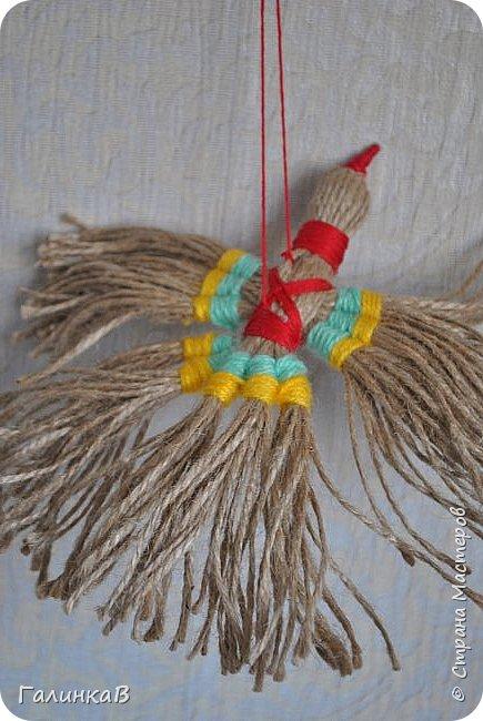 """Добрый день, дорогие жители Страны! Сегодня у меня дебют! Сделала первые игрушки из джута. До этого использовала джут только для декора новогодних подарков. А вдохновили и сподвигли меня на такой """"подвиг"""" работы Оли (Nola29) - http://stranamasterov.ru/user/332712. Вот собственно что у меня получилось! фото 15"""