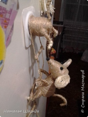 Давно хотела сделать таких мышек, вот решилась, вроде бы всё просто, но, неожиданно, долговато... фото 1