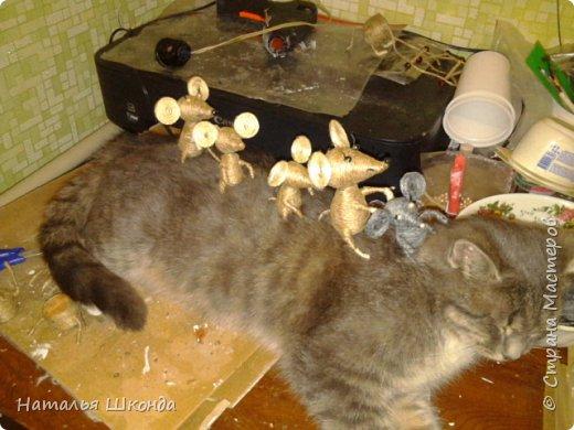 Давно хотела сделать таких мышек, вот решилась, вроде бы всё просто, но, неожиданно, долговато... фото 7