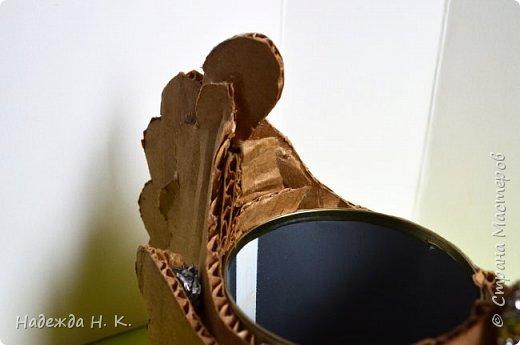 """Здравствуйте, доброго времени суток! Сегодня я предлагаю вам посмотреть, как можно сделать к Пасхе вот такую нехитрую поделку в технике папье-маше. Небольшая """"серебряная"""" вазочка в виде курочки  будет неплохим подарком для ваших друзей и близких. фото 17"""
