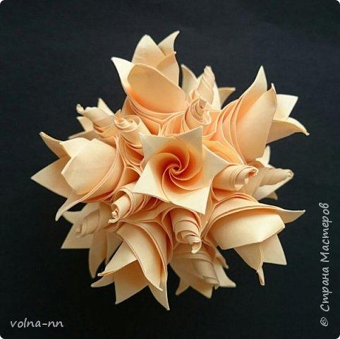 Здравствуйте! Вот моя последняя кусудама для этого флешмоба.  Name: Flower Tower  Designer: Мария Синайской Units: 60 Paper: 5*5 cm Final height: 7cm фото 1